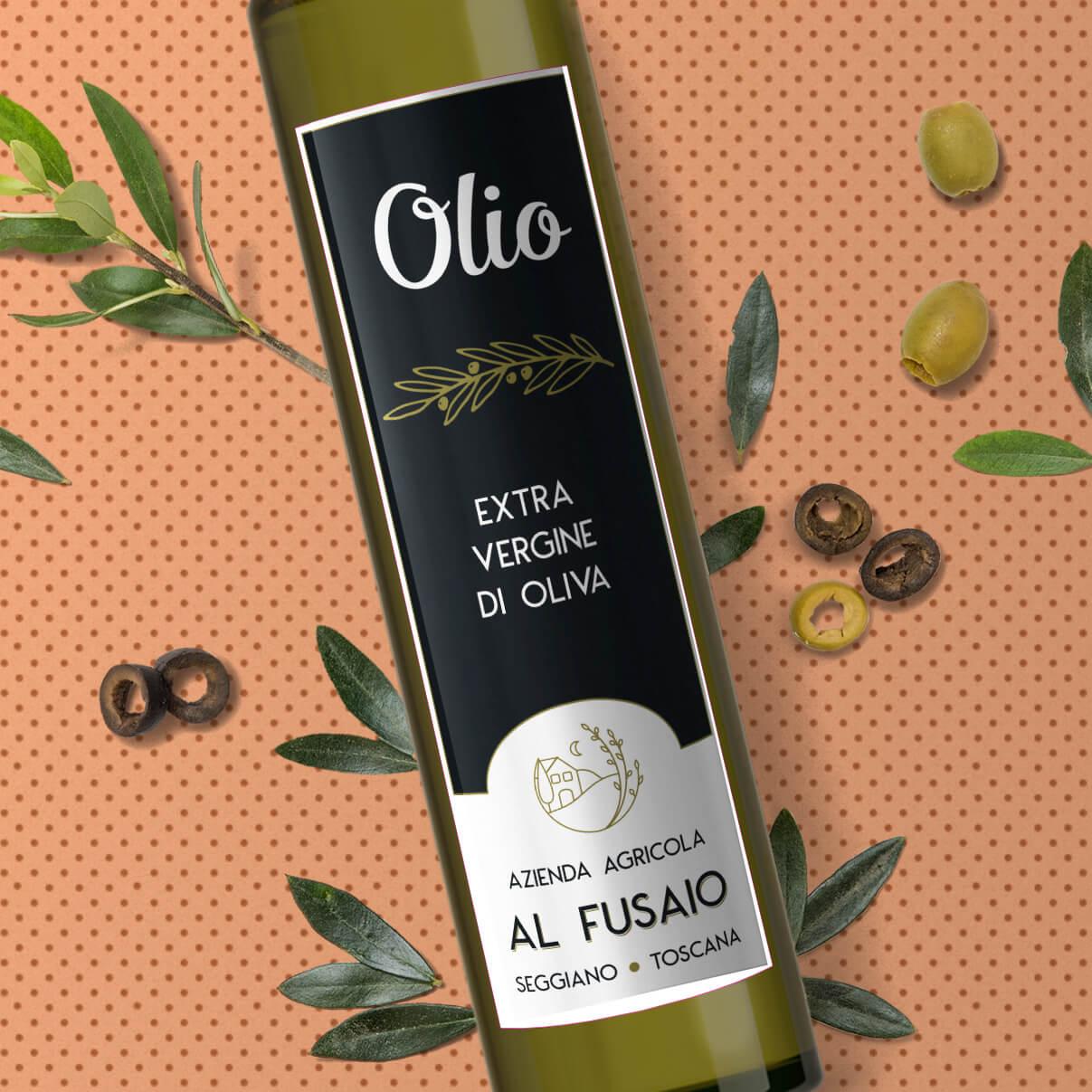 Dettaglio dell'etichetta frontale bottiglia olio Azienda Agricola Al Fusaio